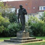 Schwerin_Friedhof_der_Opfer_des_Faschismus_Kämpfer_der_Roten_Armee_2014-07-26_1-2