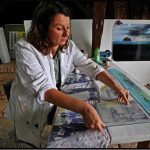 Dahny Melzig in ihrer Glaskunstwerkstatt im Rothener Hof